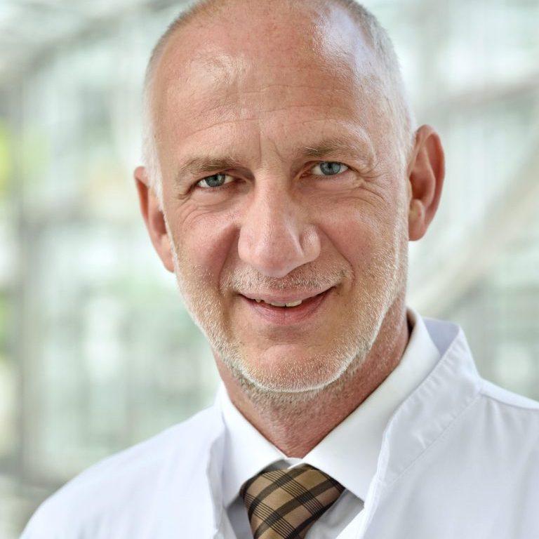 Prof. Dr. med. Dr. PH Frank Kipp